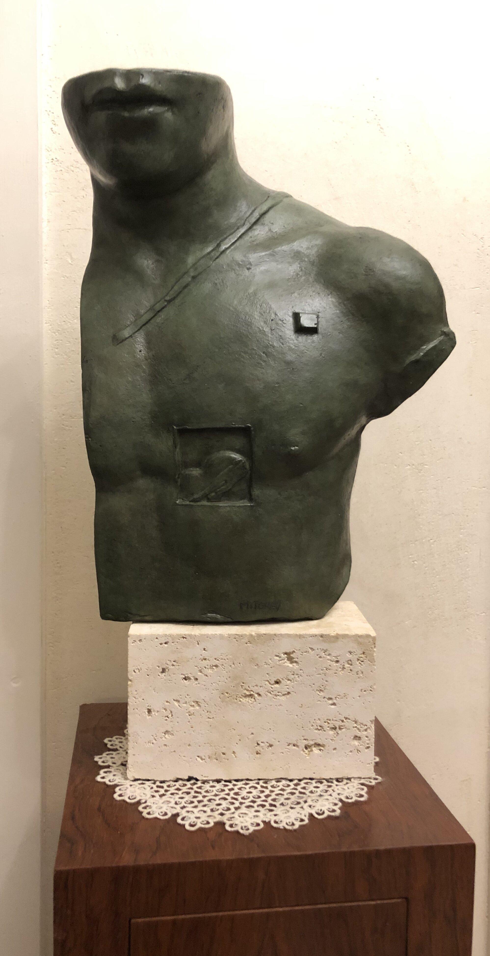 Igor Mitoraj – Asklepios